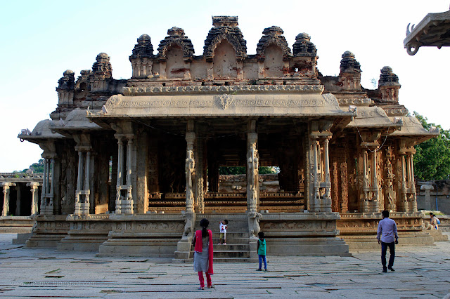 10 most popular Ancient Temples in Karnataka