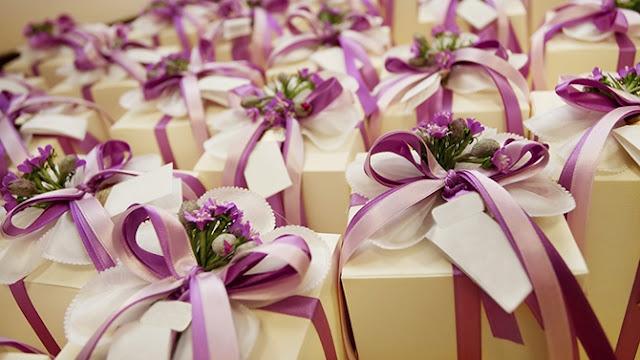 cadeaux violet pour invités mariage