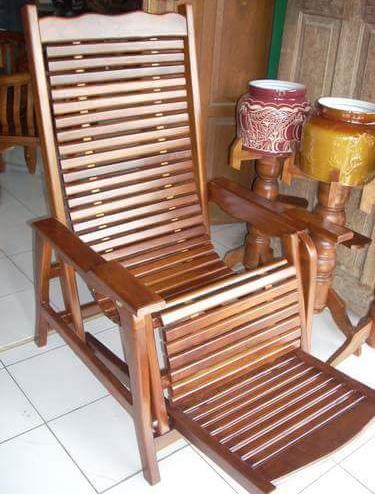 7 model kursi santai minimalis berbahan kayu jati