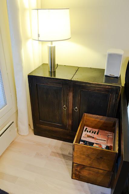 Saippuakuplia olohuoneessa- blogi, Kuva Hanna Poikkilehto, olohuone, koti, senkki, glorian koti, sisustus