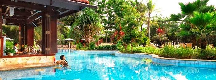 ripple pool bintan lagoon resort