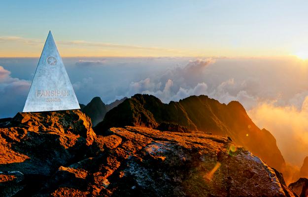Cùng chinh phục nóc nhà Đông Dương đỉnh Fansipan - AIR TRAVEL