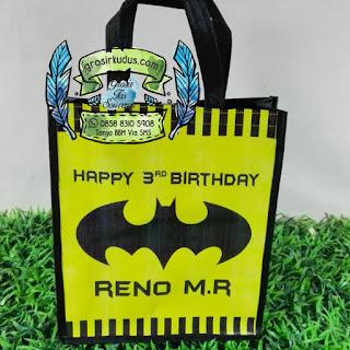 tas ulang tahun batman
