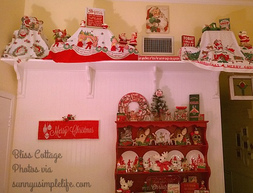 vintage Christmas tablecloths, Christmas home tour