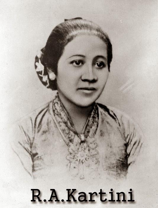 gambar foto raden ajeng kartini, foto R.A kartini, Kartini adalah pahlawan emansipasi