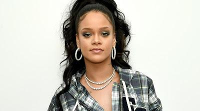 Rihanna - Hating On the Club