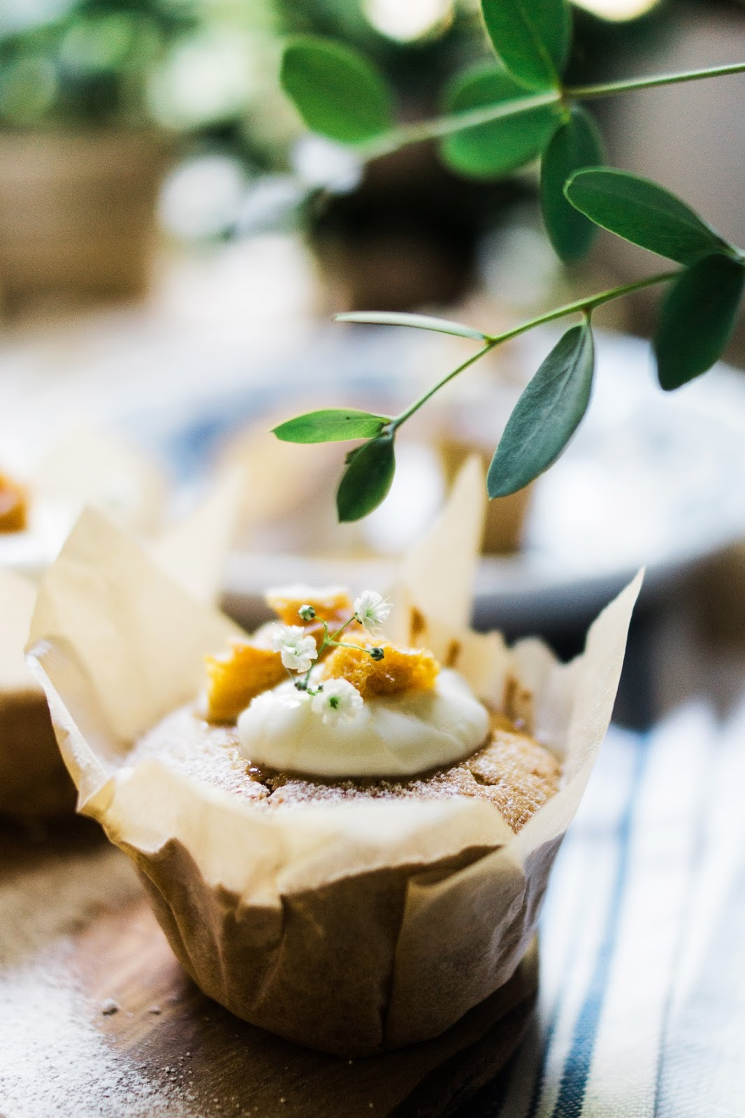 food-photography-Barely-There-Beauty-blog-honey-seasalt-cupcake-recipe