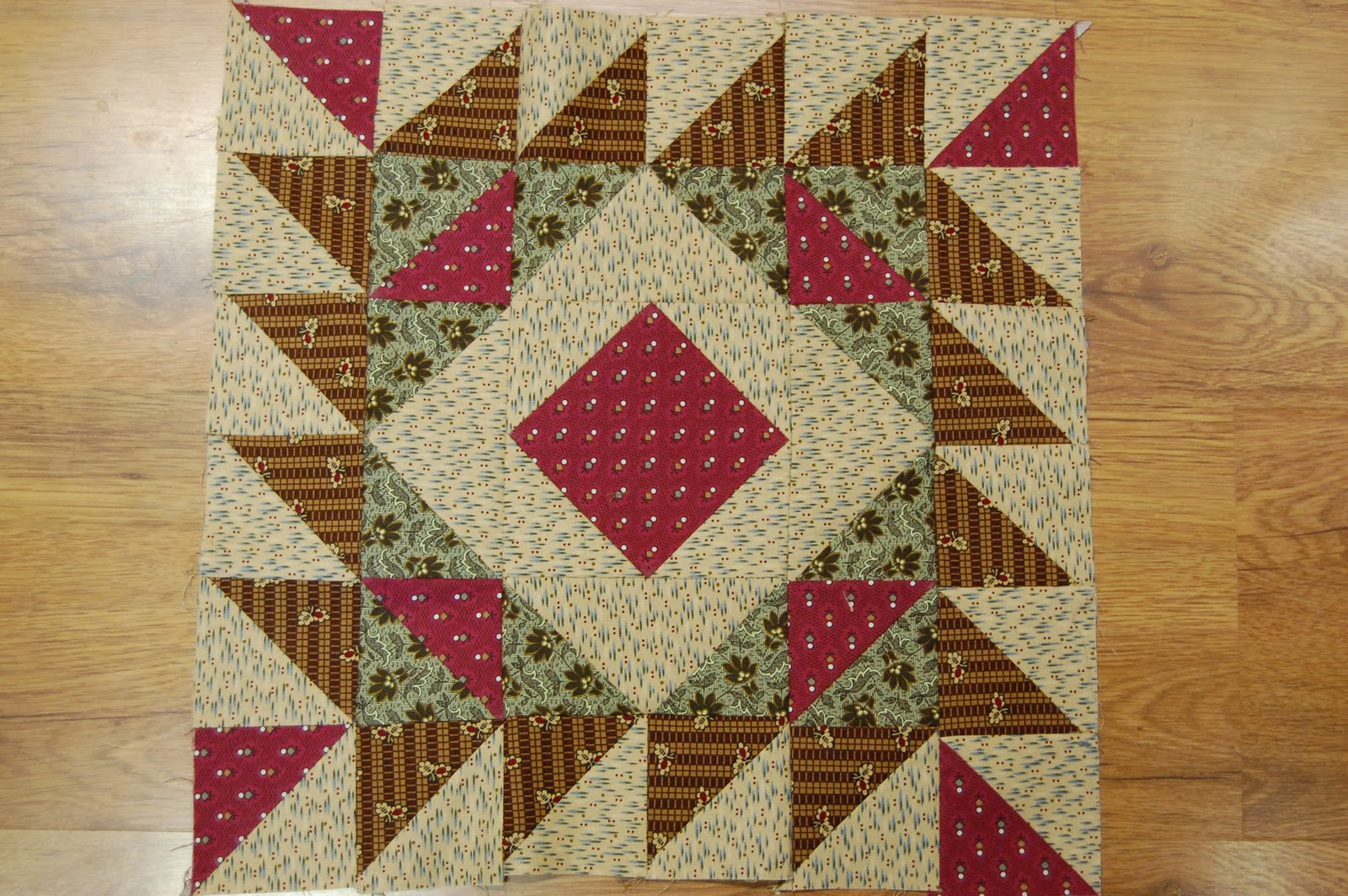 Piketpaaltjes Gamma Between The Fenceposts My Civil War Quilt Month Two