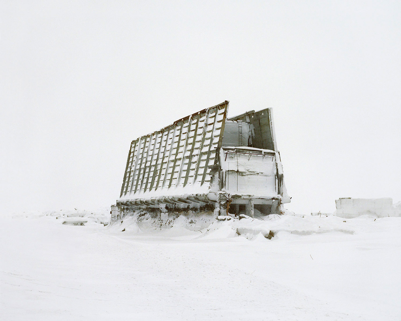 Puerto espacial en la nieve