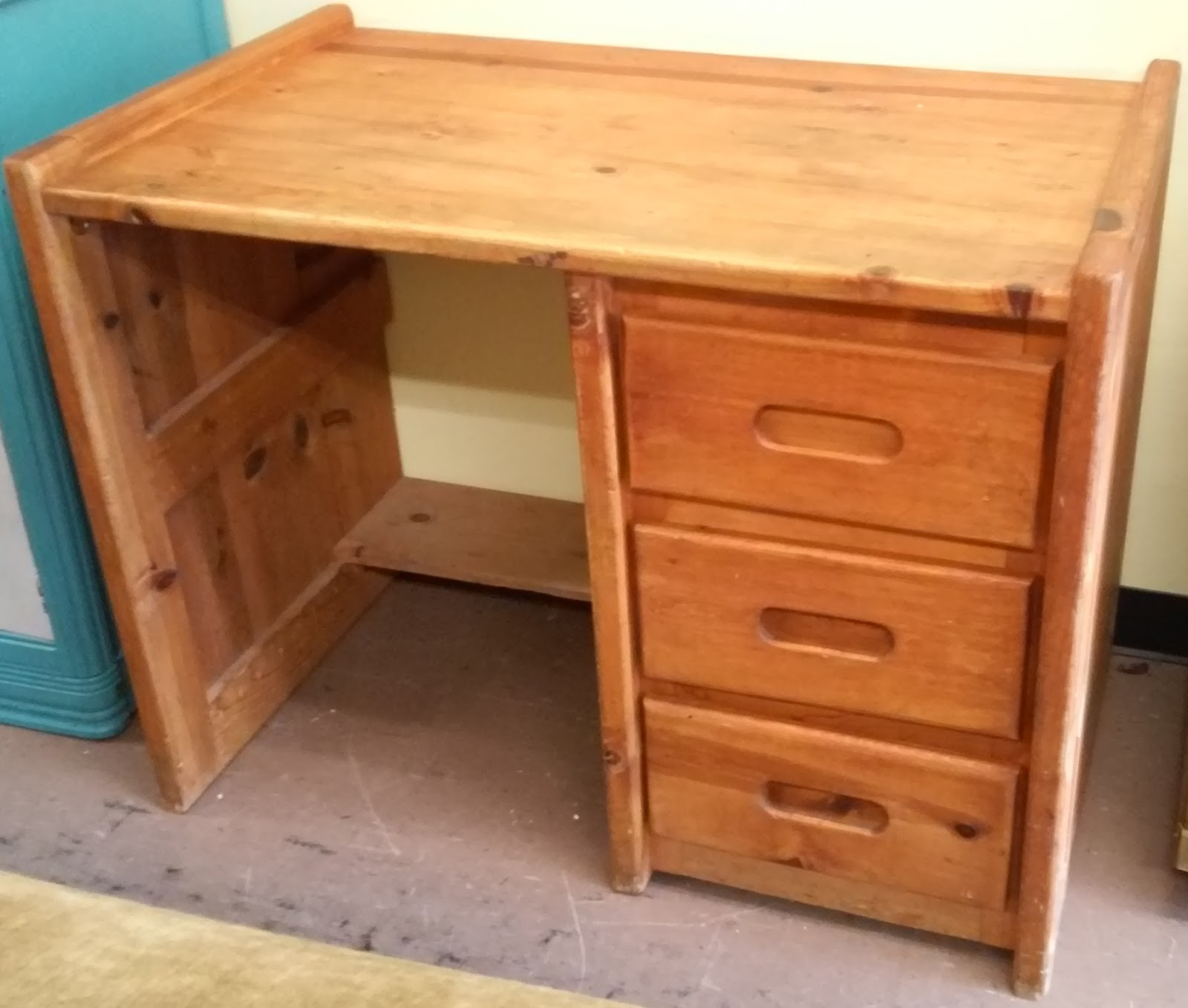 UHURU FURNITURE  COLLECTIBLES sold 40 Wide Knotty Pine