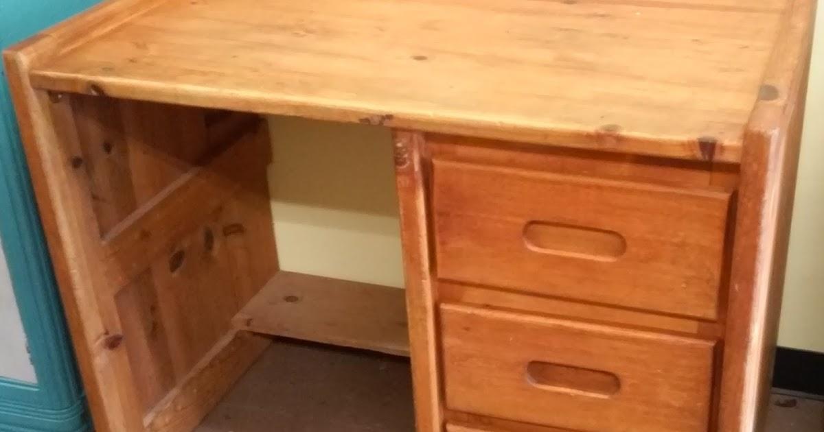 Uhuru Furniture Collectibles Sold 40 Wide Knotty Pine Desk 40