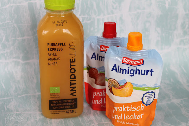 Antidote Juice 'Pineapple Express' & Almighurt praktisch und lecker in den Sorten 'Pfirsich-Maracuja' & 'Erdbeere'
