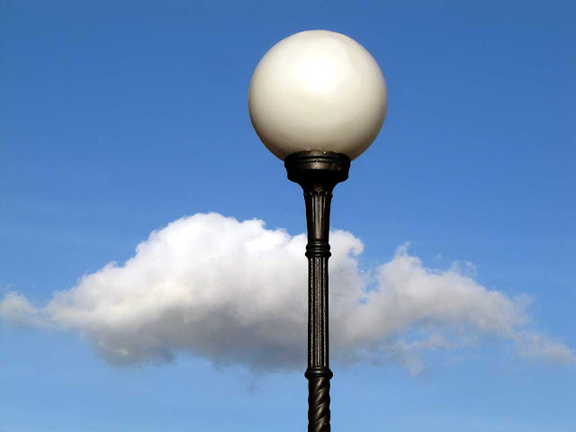 Sky, cloud and lamp post, scali San Cosimo, Livorno