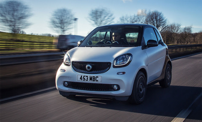 Smart ForTwo Mk3 front view, driving