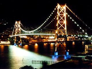 Ponte Hercílio Luz em Florianópolis - SC