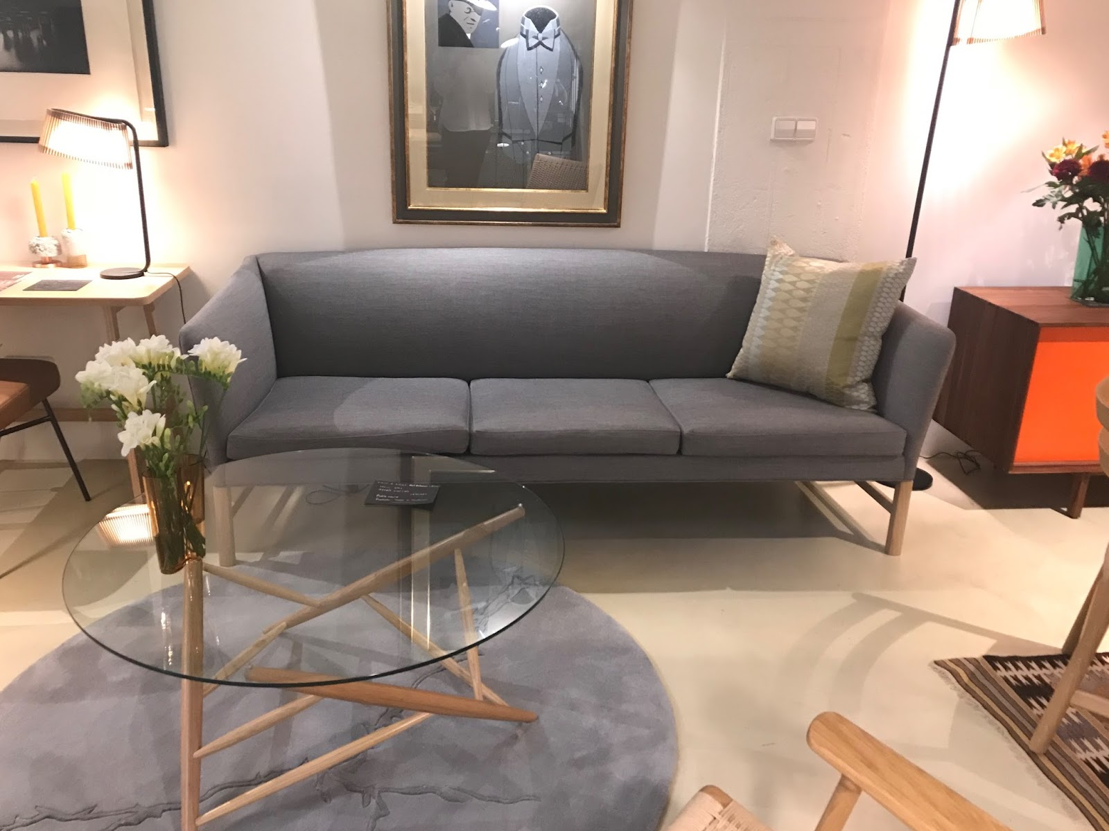 Ole Wanscher S Ow603 Sofa Is Clic Danish Design Redolent Of Both English And Oriental Furniture Traditions