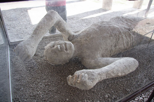 Where In The World Is Ms Fritz Italy Pompeii