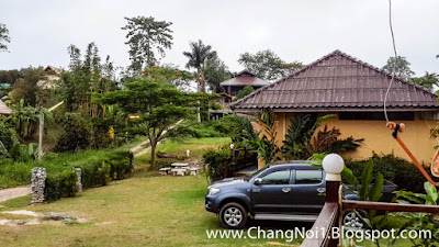 Staying at the Jungle View Resort in Wang Nam Keaw