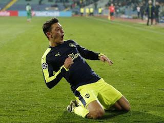 Mesut Ozil Hits 200 assists
