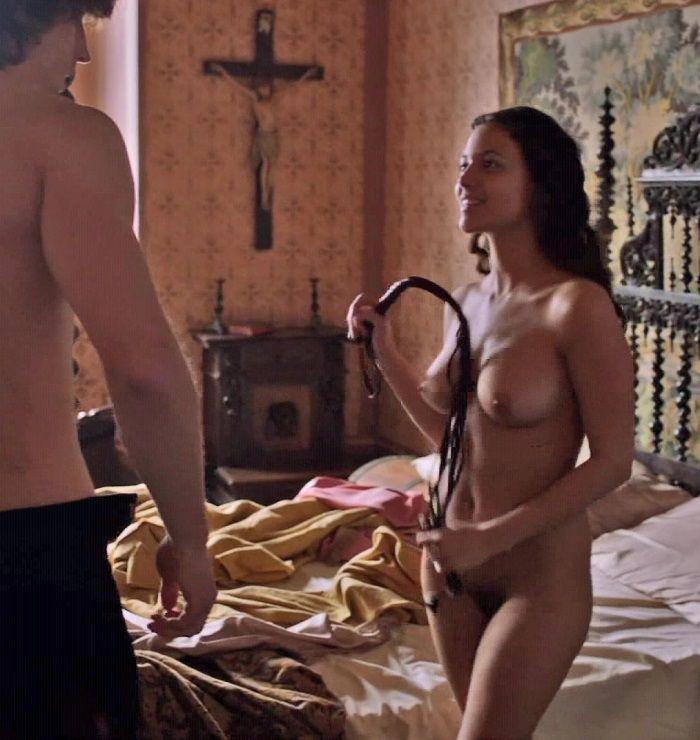 Famosas Desnudas Elisa Mouliaá Desnuda En La Serie Los Borgia