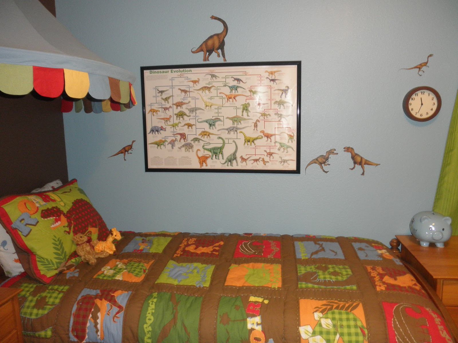 A Beagle And A Baby: This Is Our.......dinosaur Bedroom