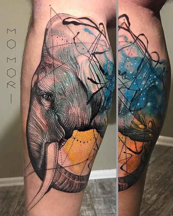 vemos tatuajes en estilo bosquejo por Mo Mori