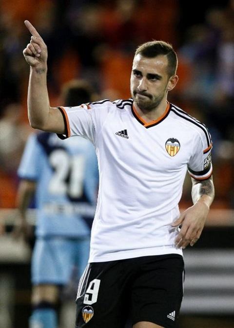 Tiền đạo Paco Alcacer được HLV đánh giá cao.