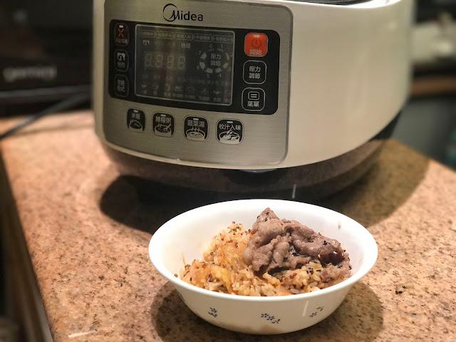 【Recipe】煲仔泡菜飯*美的 5公升智能高速煲