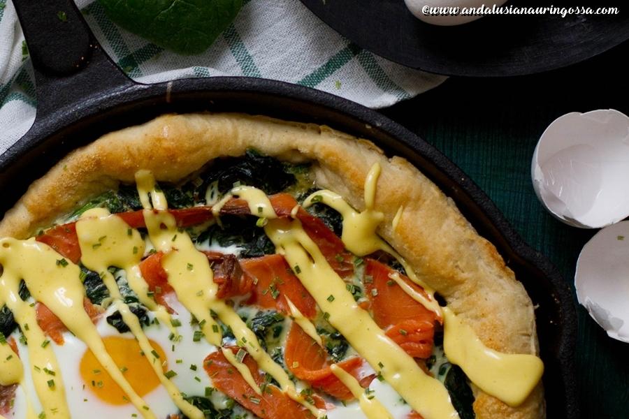 Andalusian auringossa_ruokablogi_aamiaispizza Florentine_kylmäsavulohi_pinaatti_kananmuna_gluteniton_kosher
