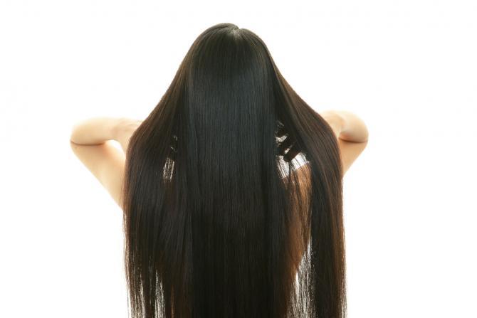 5 Tips Mudah Meningkatkan Volume Rambut Secara Alami
