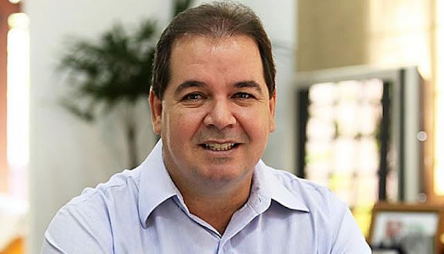 """""""Estão tirando aquilo que é sagrado como direito do trabalhador"""", diz Sebastião Viana em pronunciamento"""