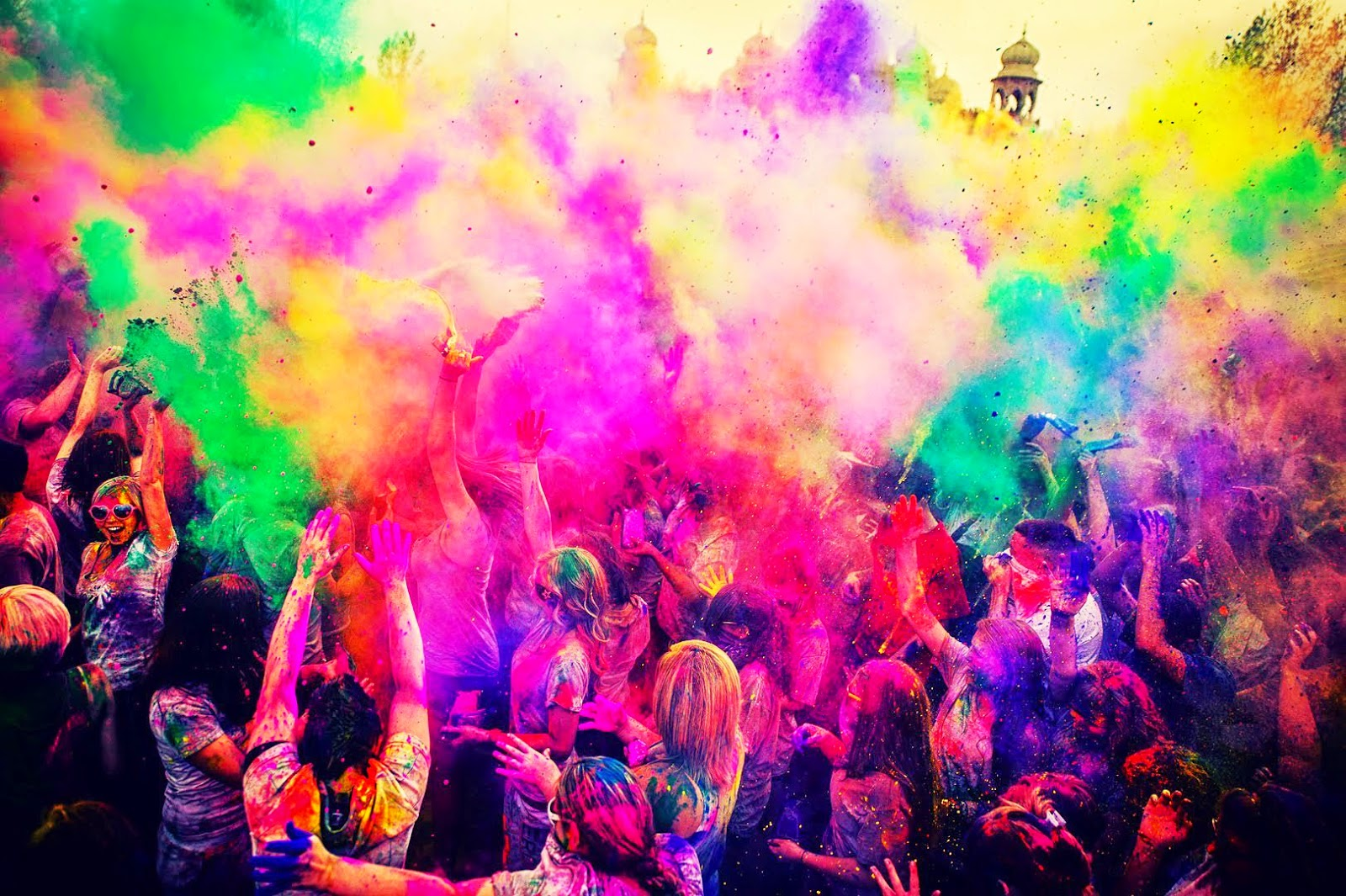 holi pictures download