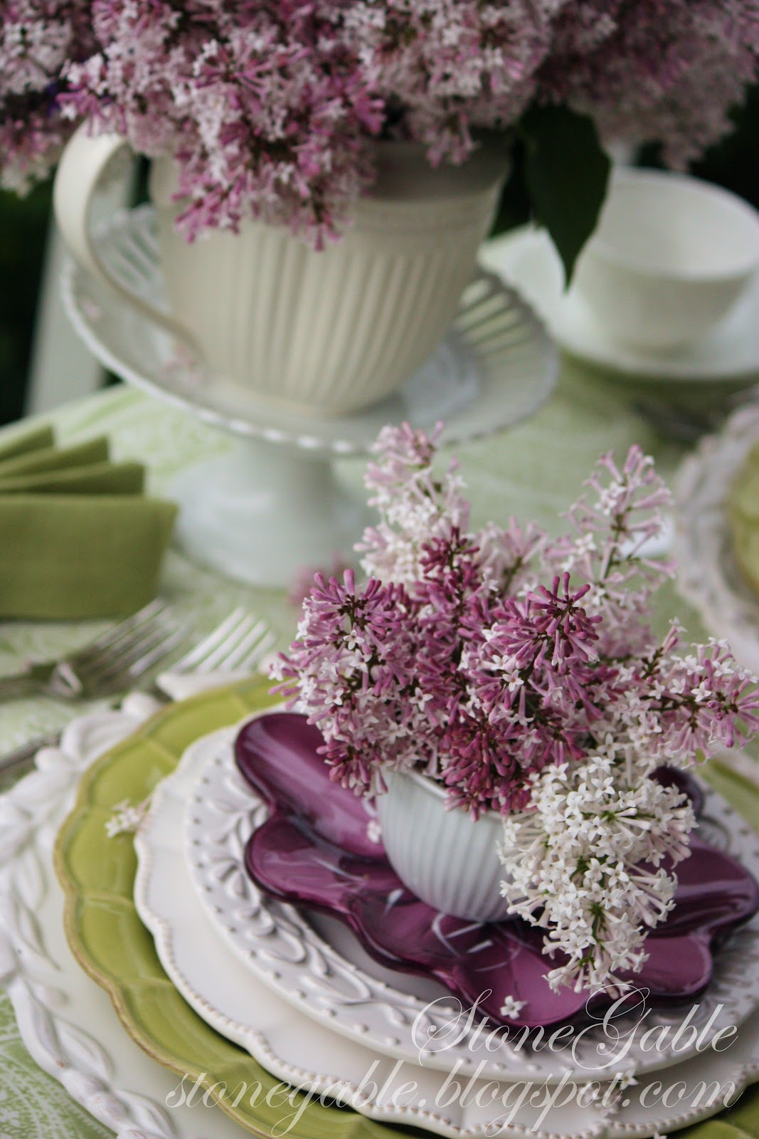 Lilacs On The Porch A Mother S Day Tablescape Stonegable