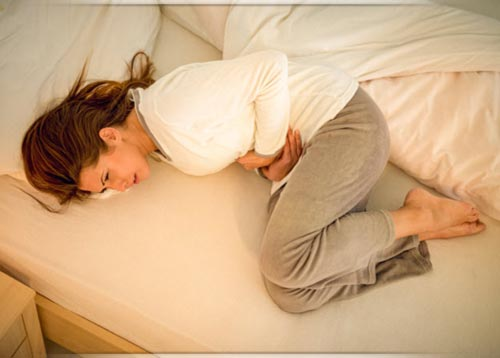 علاج تشنجات الدورة الشهرية بالأعشاب