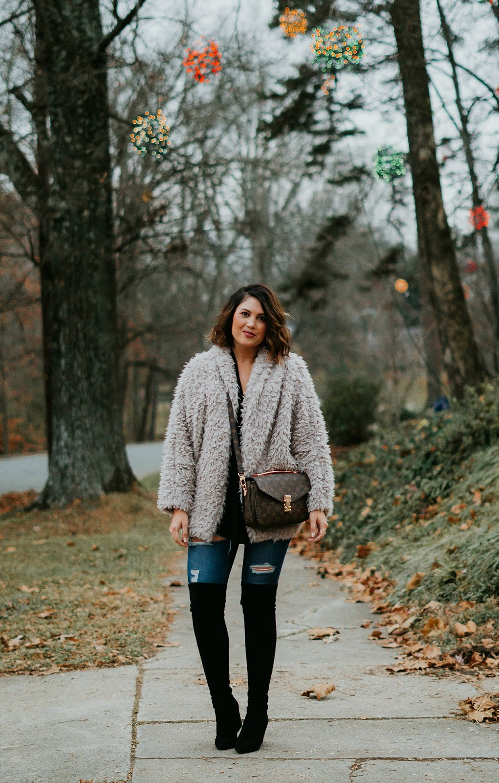 samantha brooke, teddy coat outift, xo samantha brooke, life and messy hair, nc photography, sam brooke photo, nc blogger, louis vuitton pochette metis, louis vuitton crossbody, over the knee boots goodnight macaroon