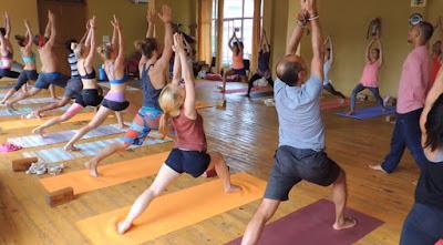 Nên tập luyện Yoga vào thời gian nào để đạt được hiệu quả cao nhất?