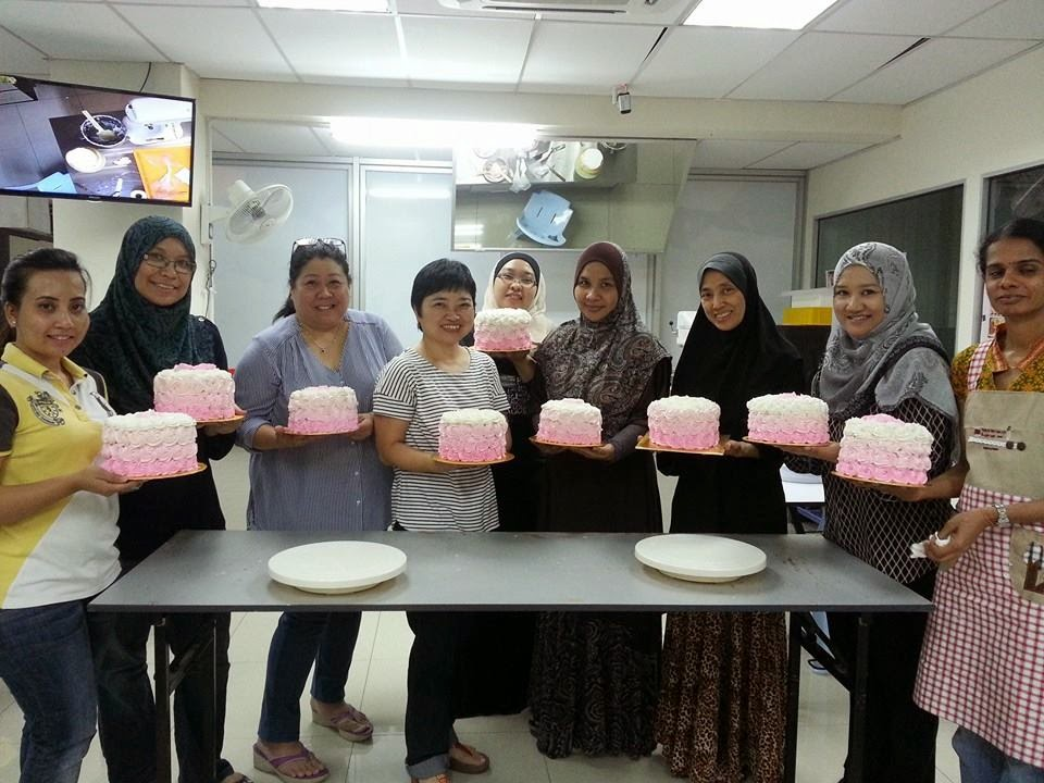 Ombre Cake Making Class