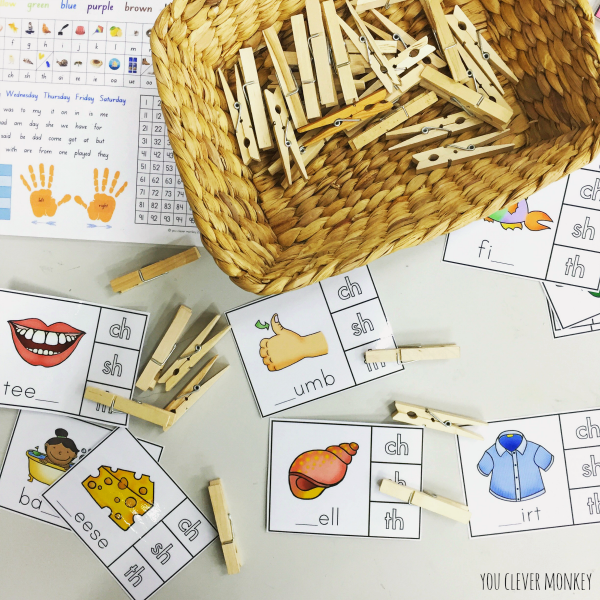 Literacy Centre Activities - plenty of literacy centre ideas for developing phonological awareness, rhyme, syllables, initial sound knowledge and word work. Perfect for young children aged 5-8 years | you clever monkey