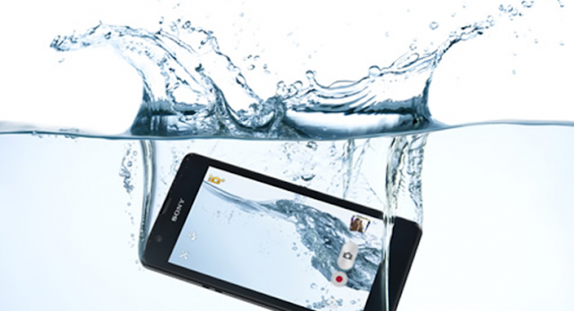 8 Easy Ways To Fix a Water Damaged Smartphone