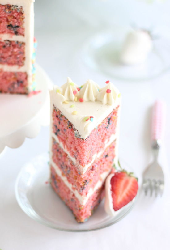 Vanilla Bean Cake Strawberry Filling