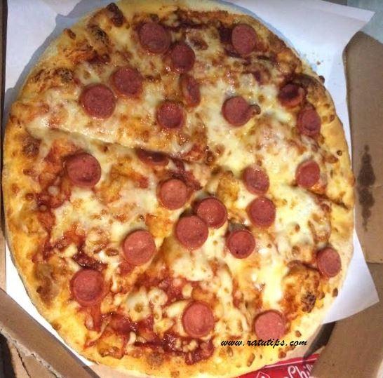 Review Dominos Pizza Delivery, Murah Enak dan Gak Pake Lama!