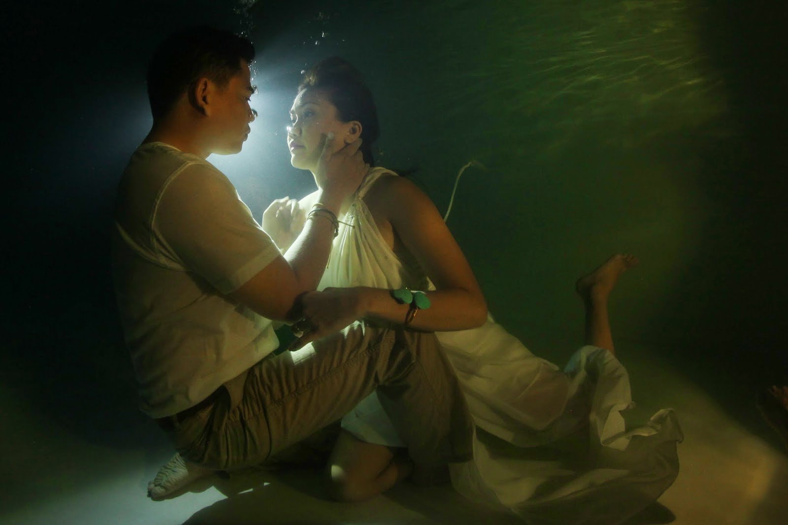 Weddings Underwater