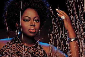 Video: Angie Stone - Wish I Didn't Miss You