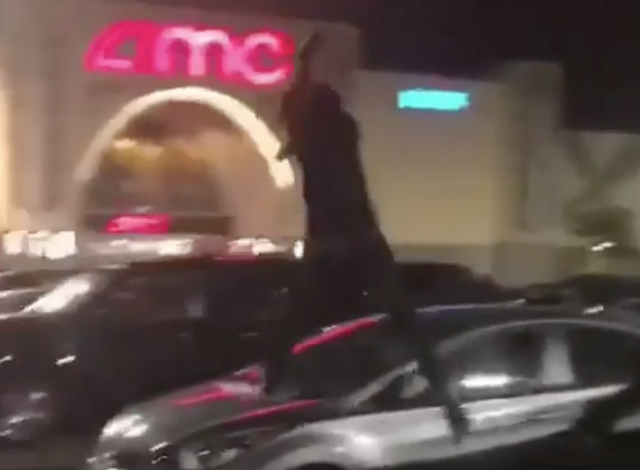 SMH: Vehicles damaged at Linden AMC theater parking lot thanks to 2 idiots jumping on cars