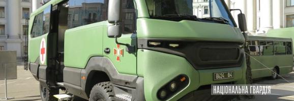 Нацгвардія отримала три евакуаційні автобуси Torsus Praetorian 4x4, один вже виконує завдання в зоні ООС