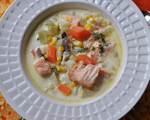 Salmon Chowder ♥ KitchenParade.com, fresh salmon in a creamy broth with carrot, potato, fennel.
