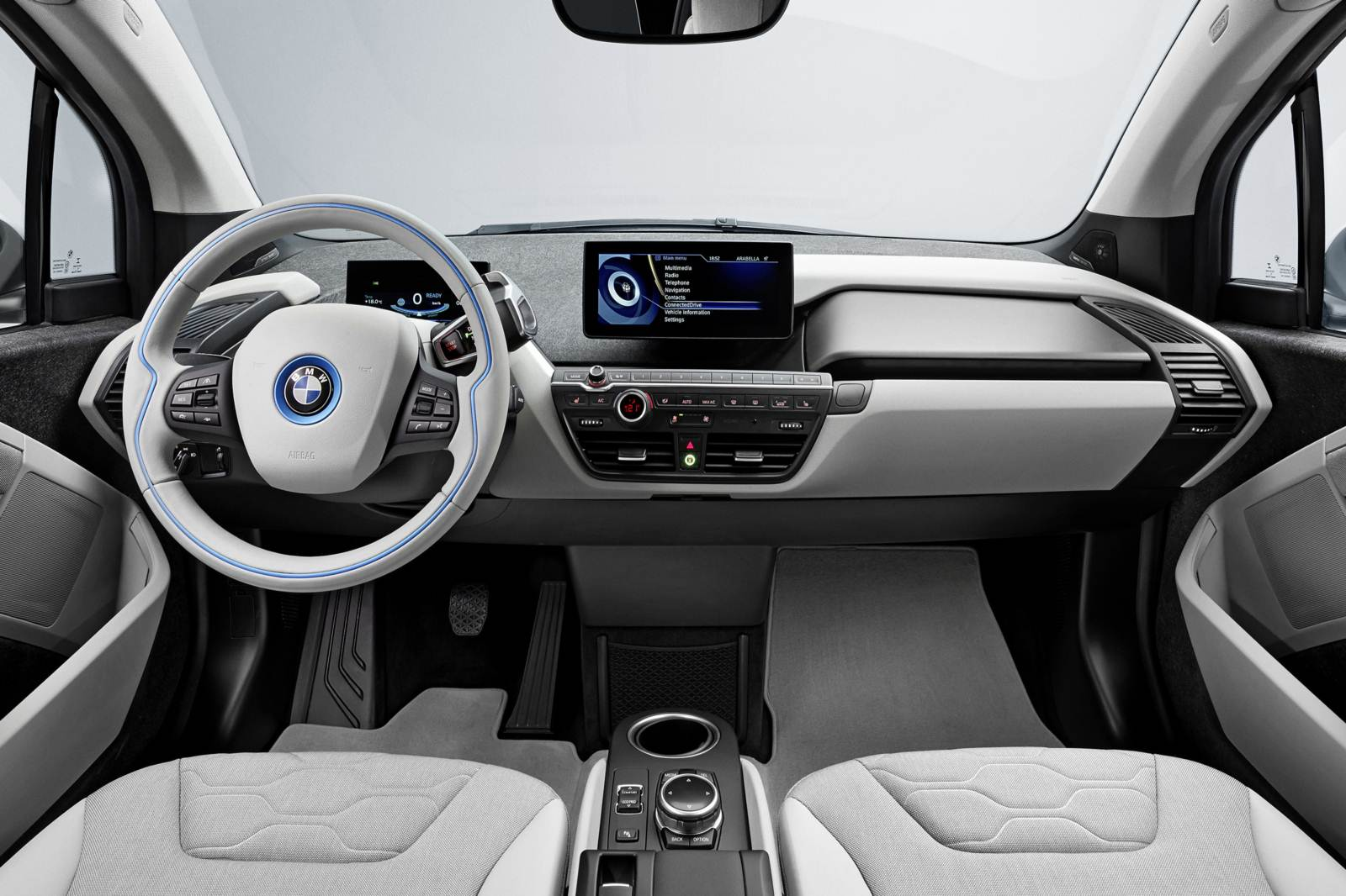 Bmw i3 el trico pre os variam entre r 191 mil e r 200 for Interno 1 jazz council