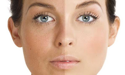 Cara meratakan warna kulit wajah secara alami