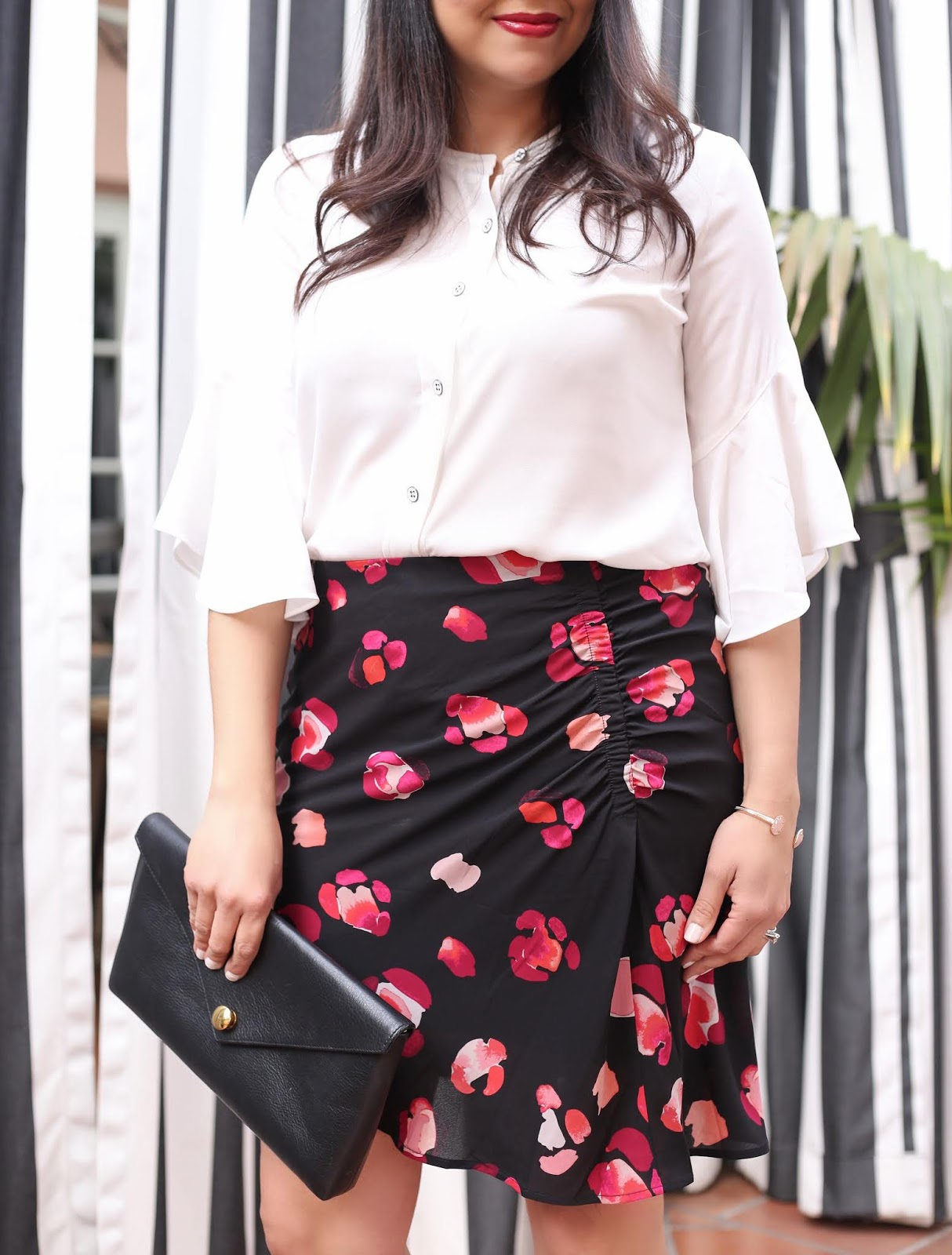 cabi petal skirt, cabi float blouse, white blouse with frilly sleeves, linel ellis clutch