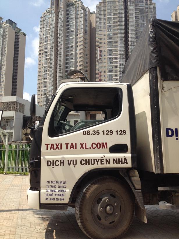 DICH-VU-CHUYEN-NHA-TRON-GOI-TPHCM-TAXI-TAI-SAI-GON